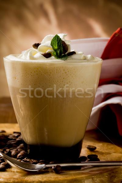 Slagroom foto heerlijk koffie koffiebonen Stockfoto © Francesco83