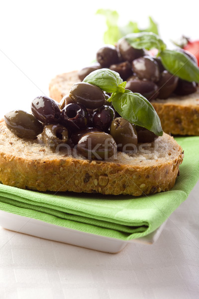 Bruschetta olives photo délicieux pain Photo stock © Francesco83