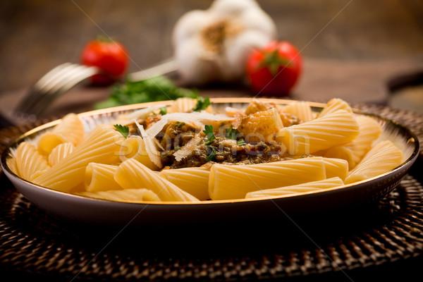 Stok fotoğraf: Makarna · pesto · lezzetli · makarna · ahşap · masa · gıda
