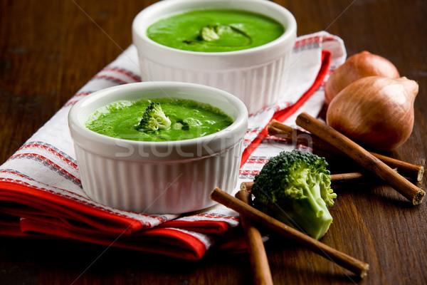 Brokkoli leves fotó finom krémes fából készült Stock fotó © Francesco83