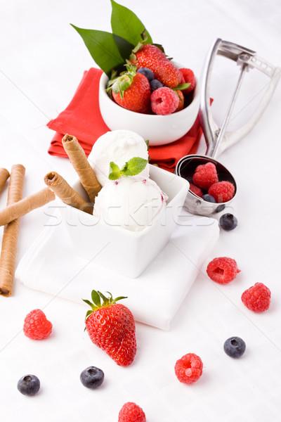 Lody jagody Fotografia tabeli żywności Zdjęcia stock © Francesco83