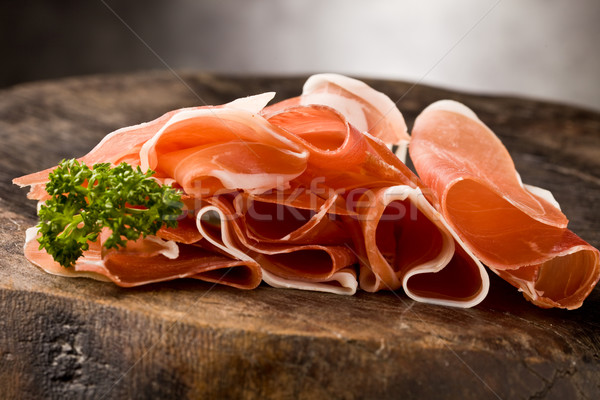 Tocino foto delicioso mesa de madera perejil Foto stock © Francesco83