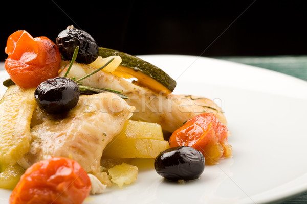 Azeitonas tomates foto delicioso peixe Foto stock © Francesco83