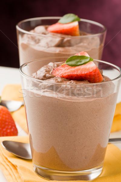 Csokoládé hab puding finom eprek citromsárga torta Stock fotó © Francesco83