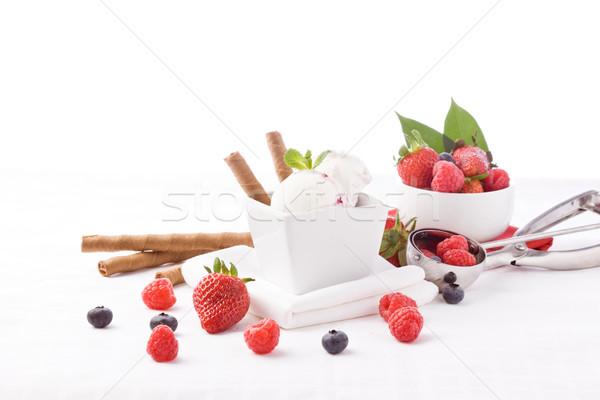 Ijs bessen foto heerlijk tabel voedsel Stockfoto © Francesco83