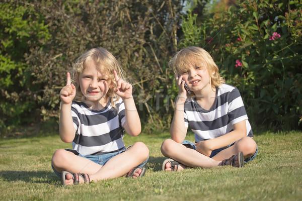 Kettő szőke fiúk kint mosolyog ül Stock fotó © frank11