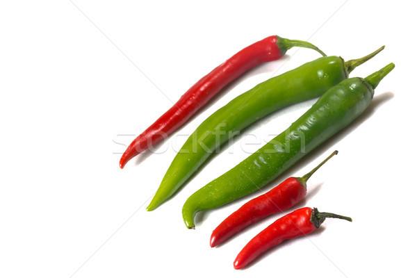 Csoport zöld piros chilli paprikák izolált Stock fotó © frank11
