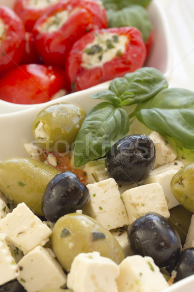 Salade noir vert olives pièces fromages Photo stock © frank11