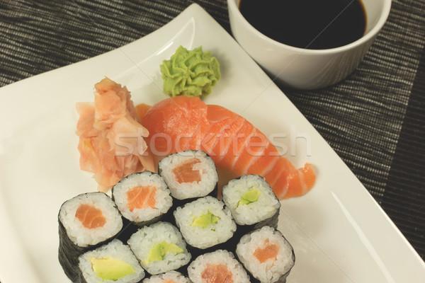 Сток-фото: суши · пластина · соевый · соус · маки · имбирь
