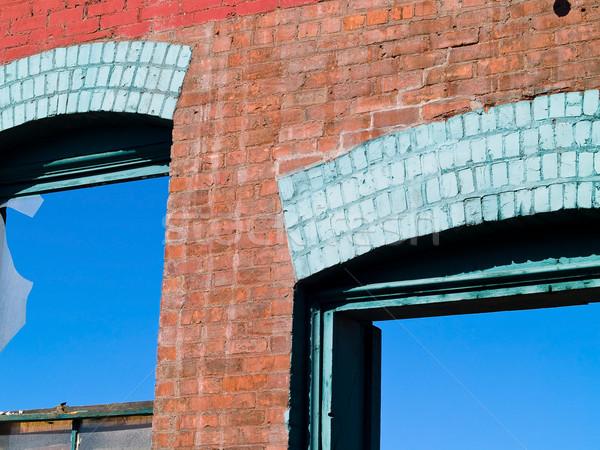 Stock fotó: Téglafal · törött · ablak · rombolás · helyszín · égbolt