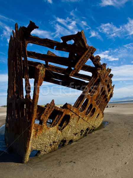 Rozsdás roncs hajó tengerpart Oregon part Stock fotó © Frankljr