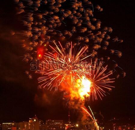 Vuurwerk nachtelijke hemel stadsgezicht hemel stad rook Stockfoto © Frankljr