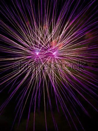La exposición a largo fuegos artificiales negro cielo púrpura fiesta Foto stock © Frankljr