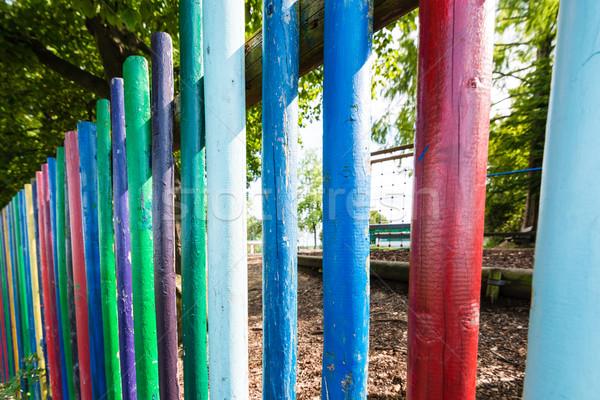 Kindergarten Zaun Spielplatz lebendig Farben Wand Stock foto © franky242