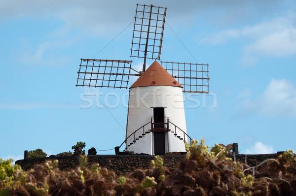 Típico moinho de vento canárias Espanha madeira metal Foto stock © franky242
