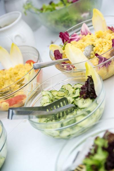 Salade buffet kommen aardappel komkommer Stockfoto © franky242