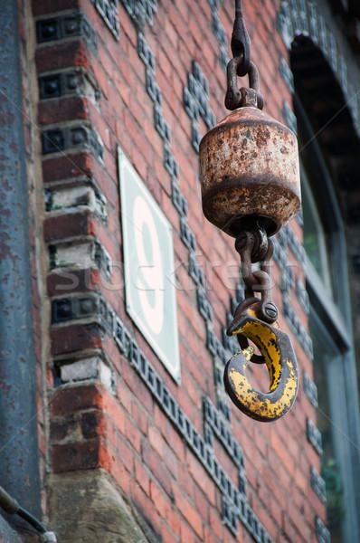 Hamburg kraan haak oude Rood magazijn Stockfoto © franky242