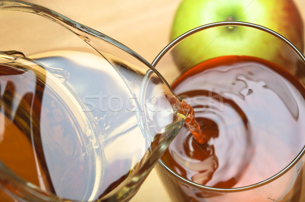 Succo di mela cristalleria brocca vetro Foto d'archivio © frannyanne