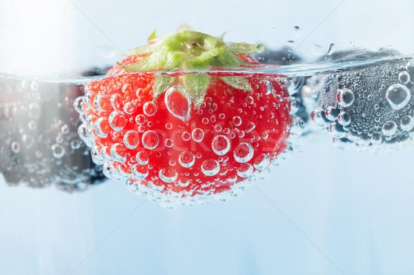 свежие клубника пузырьки макроса ярко Сток-фото © frannyanne