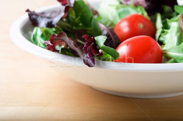 Insalatiera bianco ciotola insalata pomodori rosso Foto d'archivio © frannyanne