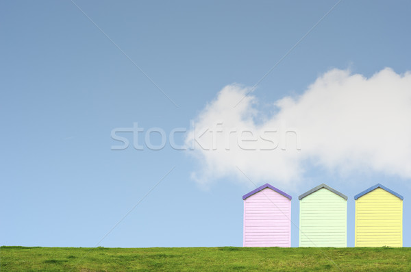 Colorato spiaggia cielo blu fila tre top Foto d'archivio © frannyanne
