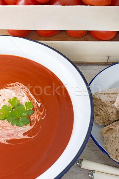 Soupe à la tomate bleu blanche émail bol cuisine Photo stock © Freila