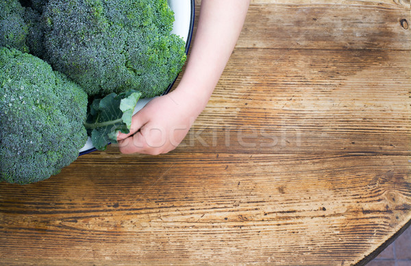 Photo stock: Brocoli · bol · fraîches · enfant · table