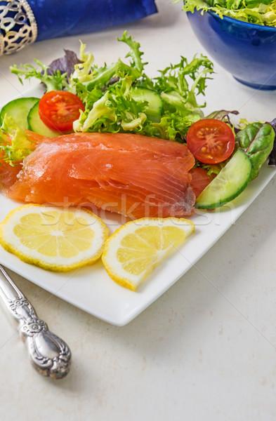 Salmão foco fresco branco prato salada Foto stock © Freila