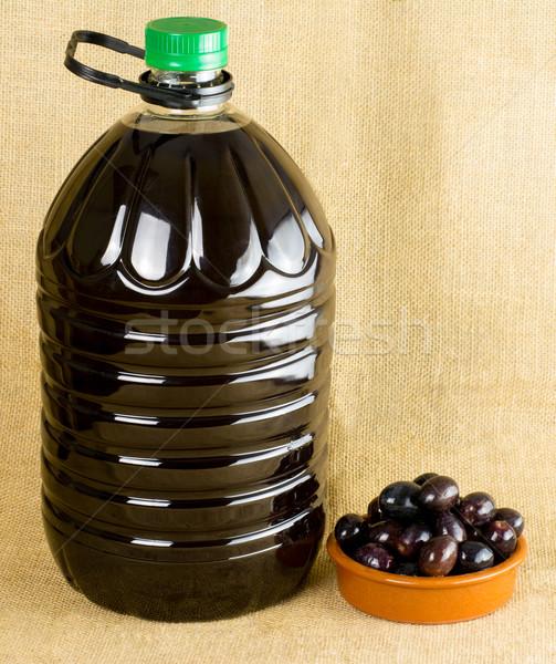 Foto stock: Azeite · garrafa · azeitonas · pequeno · prato · cópia · espaço