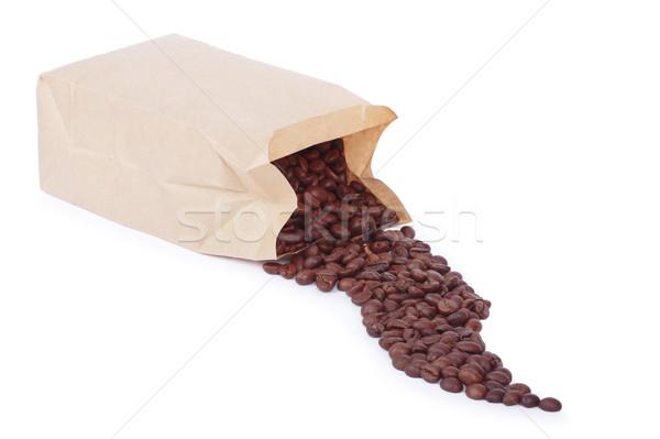 Torby papierowe ziarna kawy biały tle dymu Zdjęcia stock © frescomovie