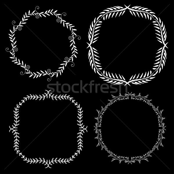 Foto stock: Establecer · decorativo · marcos · dibujado · a · mano · cuatro · garabato