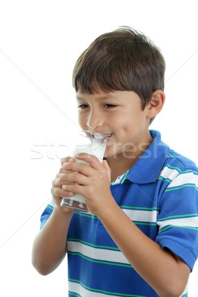 Garçon verre lait saine lait frais blanche Photo stock © Freshdmedia