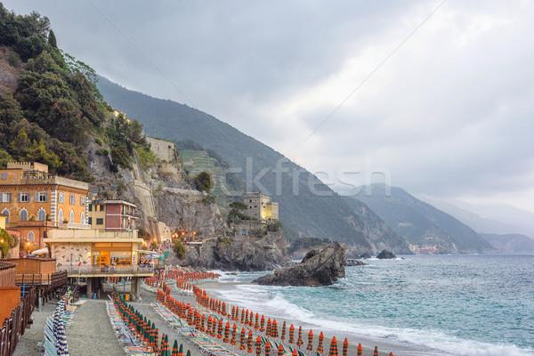 Güzel görmek kaya mavi su yeşil Stok fotoğraf © frimufilms