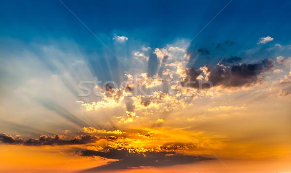 Gün batımı güzel sıcak bulutlu bulutlar güneş Stok fotoğraf © froxx
