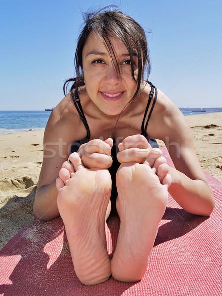 йога создают учитель пляж морем красоту Сток-фото © fxegs