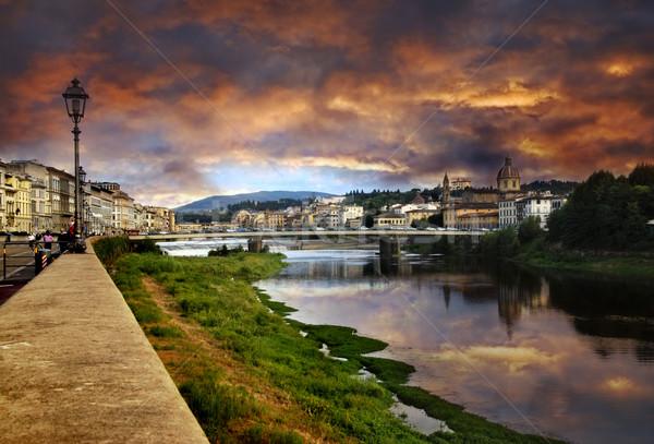 FLORENCE coucher du soleil dramatique rivière Italie ville Photo stock © fyletto