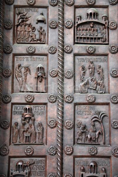 Bronz ajtó gyönyörű katedrális épület háttér Stock fotó © fyletto