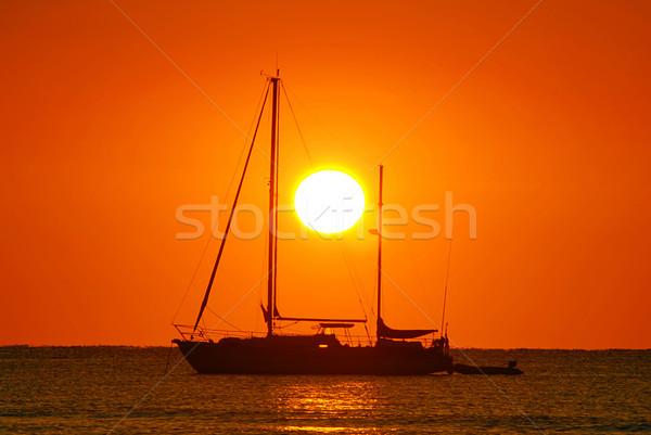 日の出 ボート セーリング シルエット 海 ストックフォト © fyletto