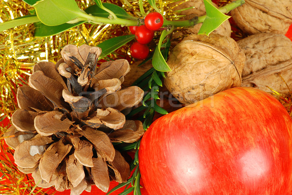 Рождества яблоки орехи конус таблице ночь Сток-фото © fyletto