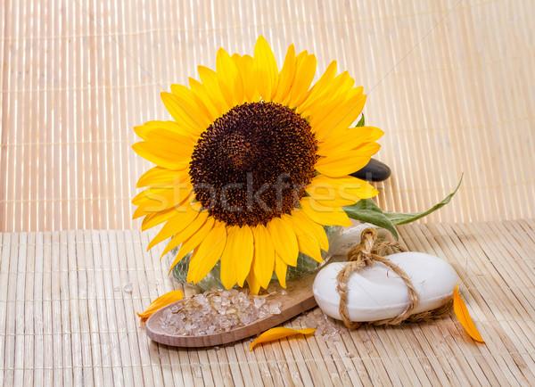 Spa doğal sabun banyo ayçiçeği ahşap Stok fotoğraf © g215