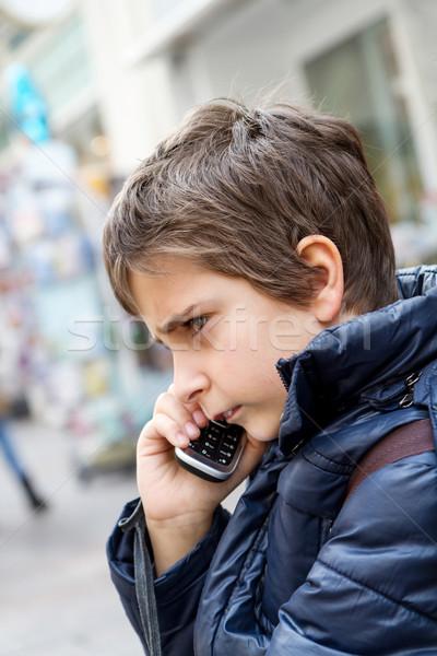 мальчика говорить телефон город ребенка домой Сток-фото © g215