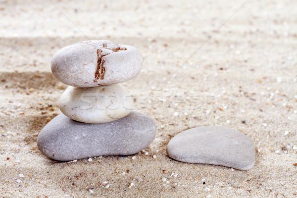 Stenen zand strand water achtergrond Stockfoto © g215