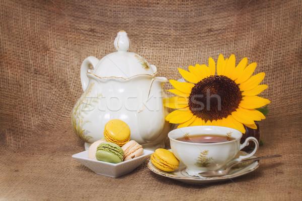 Francia macaronok citromsárga napraforgók virág étel Stock fotó © g215