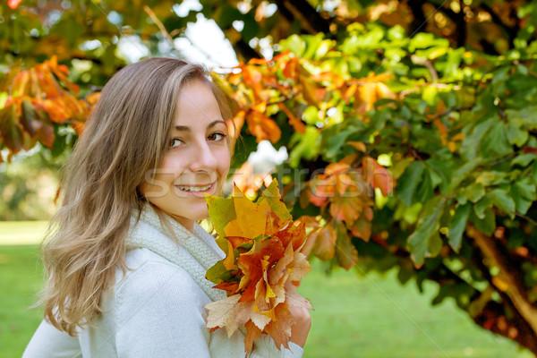 Portré lány őszi levelek nő arc divat Stock fotó © g215