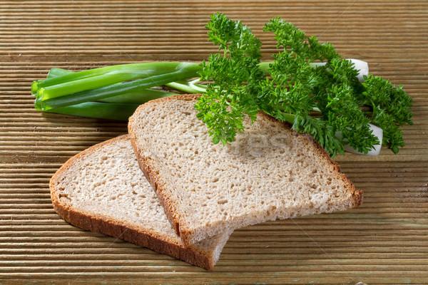 черный хлеб зеленый лук продовольствие Сток-фото © g215