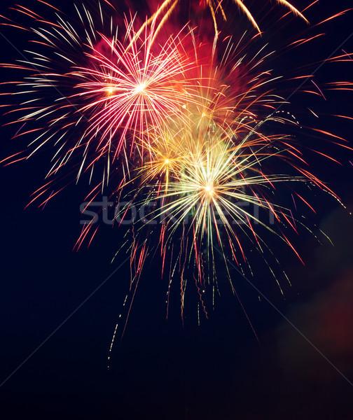 Vuurwerk nachtelijke hemel hemel gelukkig licht kunst Stockfoto © gabes1976