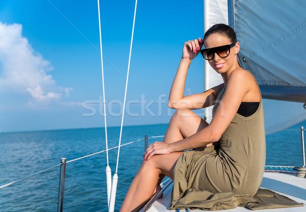 летнее время красивая женщина яхта лет женщину воды Сток-фото © gabor_galovtsik