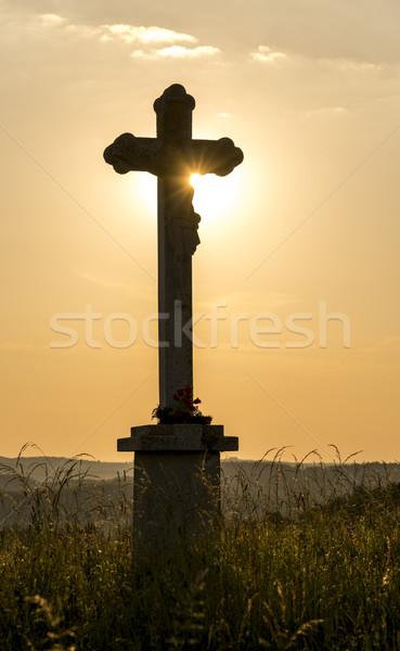 христианской крест закат свет фон Библии Сток-фото © gabor_galovtsik