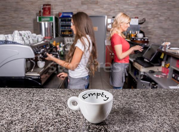 Vide tasse de café table café maison boire Photo stock © gabor_galovtsik