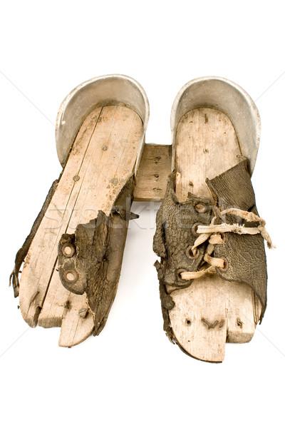 Velho esquiar sapatos isolado branco couro Foto stock © gavran333